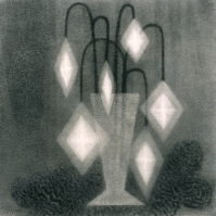 Vase and crystals/Vase